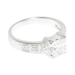 CZ Pricess Cur Jeweled Fashionable Silver Finger Ring